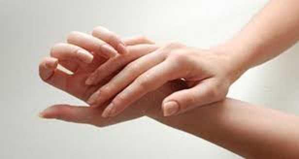 عمليات تجميل اليدين